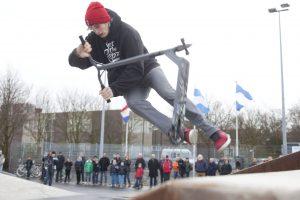 1-2-2014, maassluis, openingsdemo skatebaan maasdijk, collinfoto rob kamminga